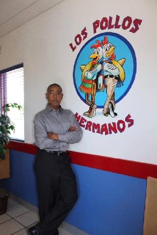 LOS_POLLOSHERMANOS